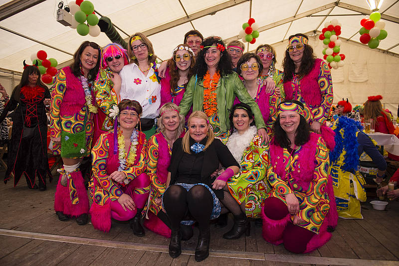 karnevalszug in engelskirchen